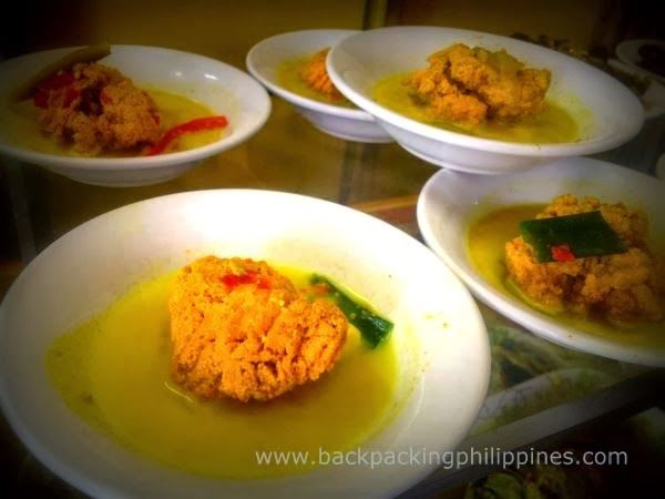 Budget Travel Philippines Backpacking Asia Guide Tours Reviews 2014 Restaurants Serving Halal Food In Tagaytay For Muslim Travelers Halal Recipes Food Halal