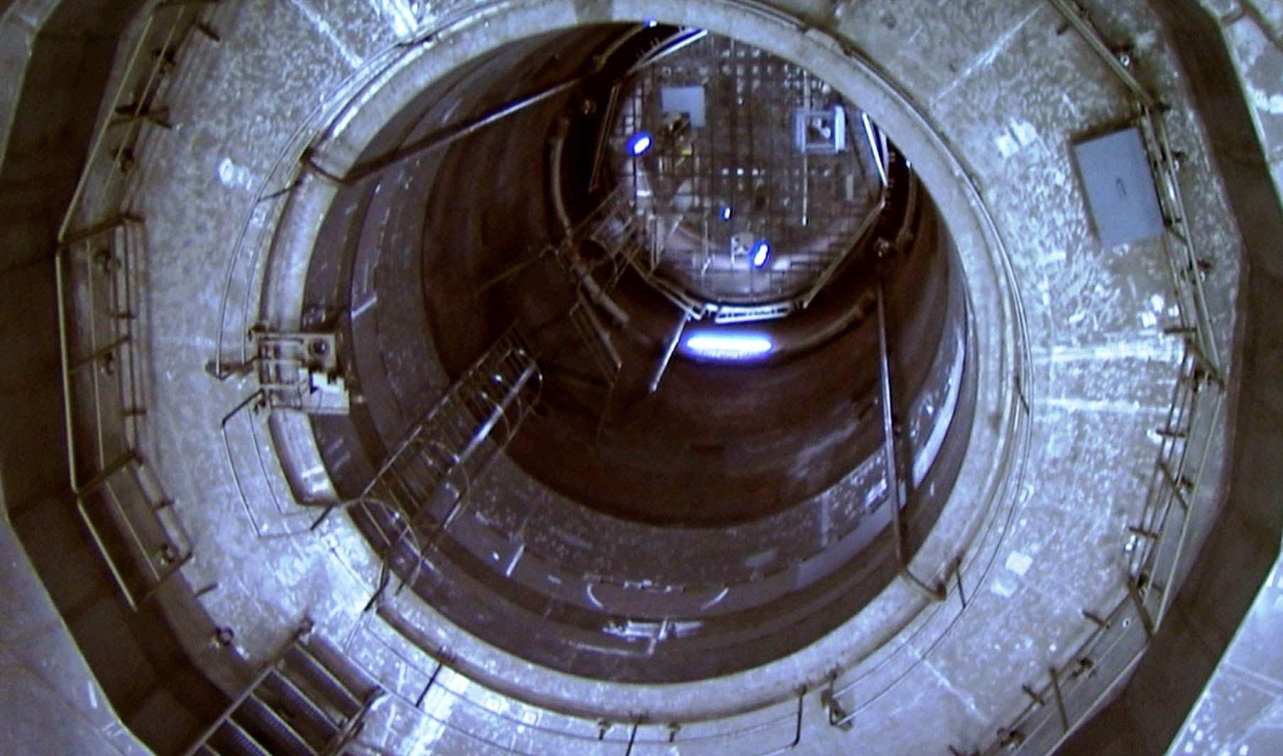 inside a nuclear reactor core bang goes the theory bbc inside a nuclear reactor core bang goes the theory bbc