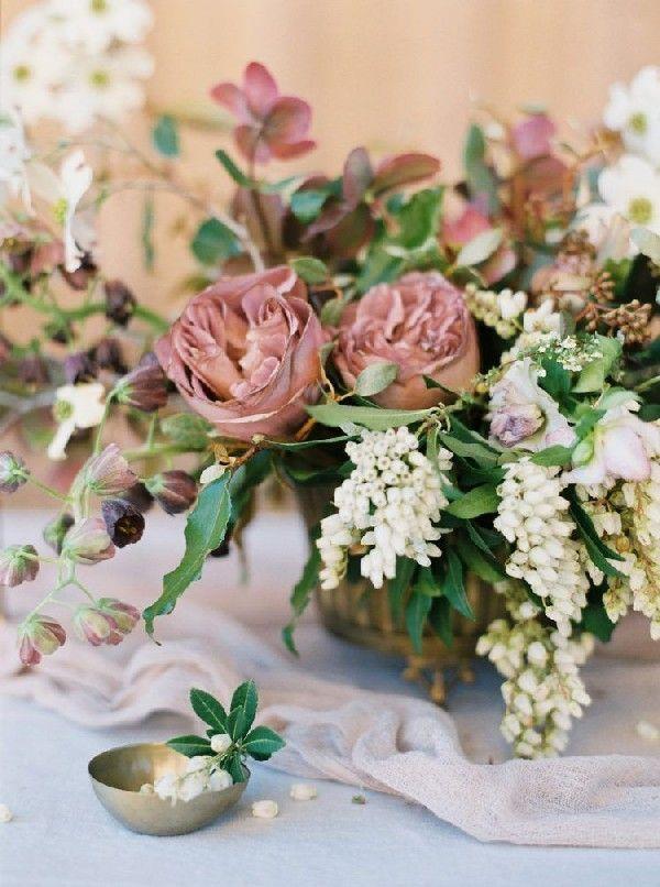 Wedding Color Trends: 25 Cinnamon Rose Wedding Color Ideas #dustyrosewedding dusty rose hue wedding centerpiece  #wedding #weddings #weddingideas #deerpearlflowers #weddingcolors #dustyrosewedding