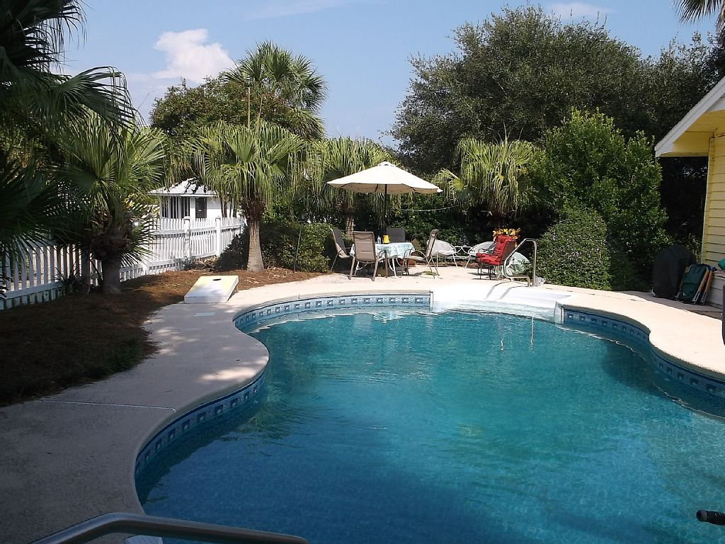 Bungalow vacation rental in isle of palms from