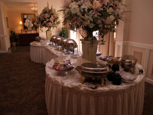 Wedding buffet table decorating ideas photo gallery Round table decoration ideas