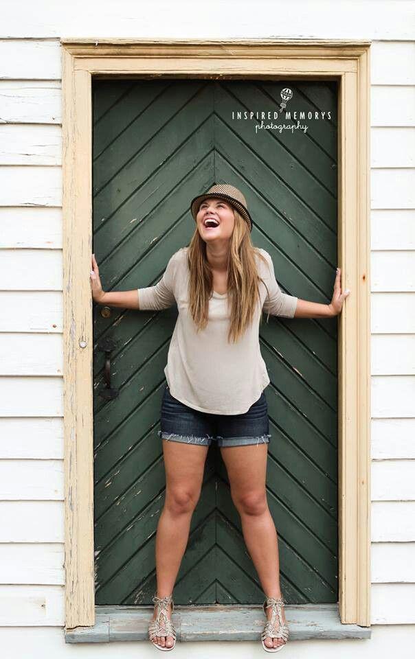 Favorites » Amanda Holloway Photography   Senior girl
