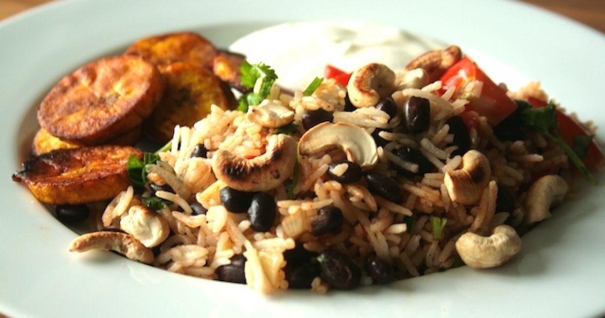 Laura hat einen Klassiker für uns: das Gallo Pinto-Rezept, die Reis-Bohnen-Pfanne aus Mittelamerika. Einfach und schnell zubereitet.