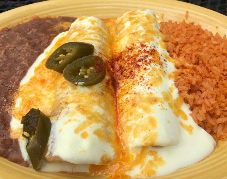 The Ultimate Top 10 The Most Beloved Dishes At Some Of Dallas Most Beloved Restaurants Sour Cream Chicken Sour Cream Enchiladas Dishes