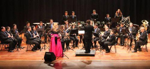 Bello concierto de Mayca Teba y la Banda Municipal de Música de Almuñécar