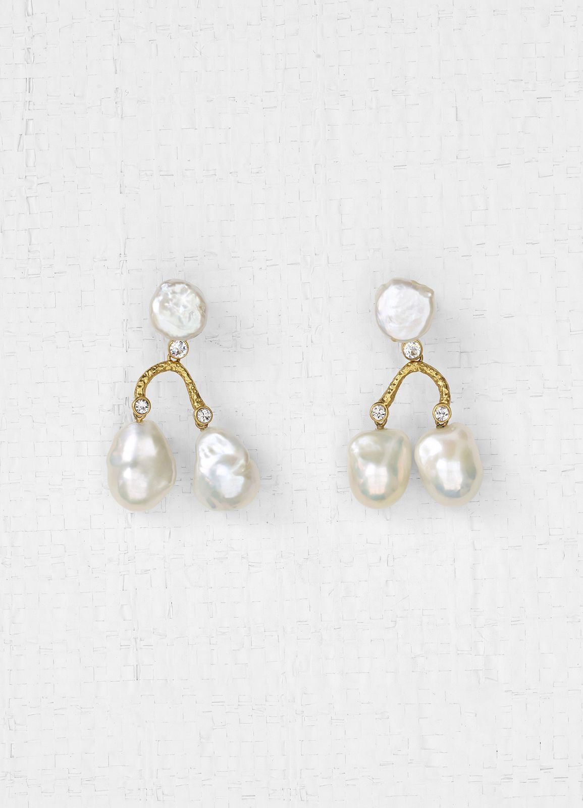70b1014be Baroque earrings in cultured pearls, strass and brass | CÉLINE ...
