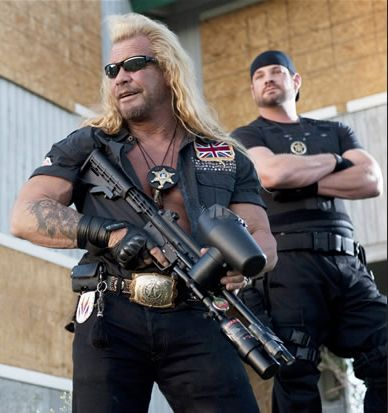Is dog the bounty hunter a cop