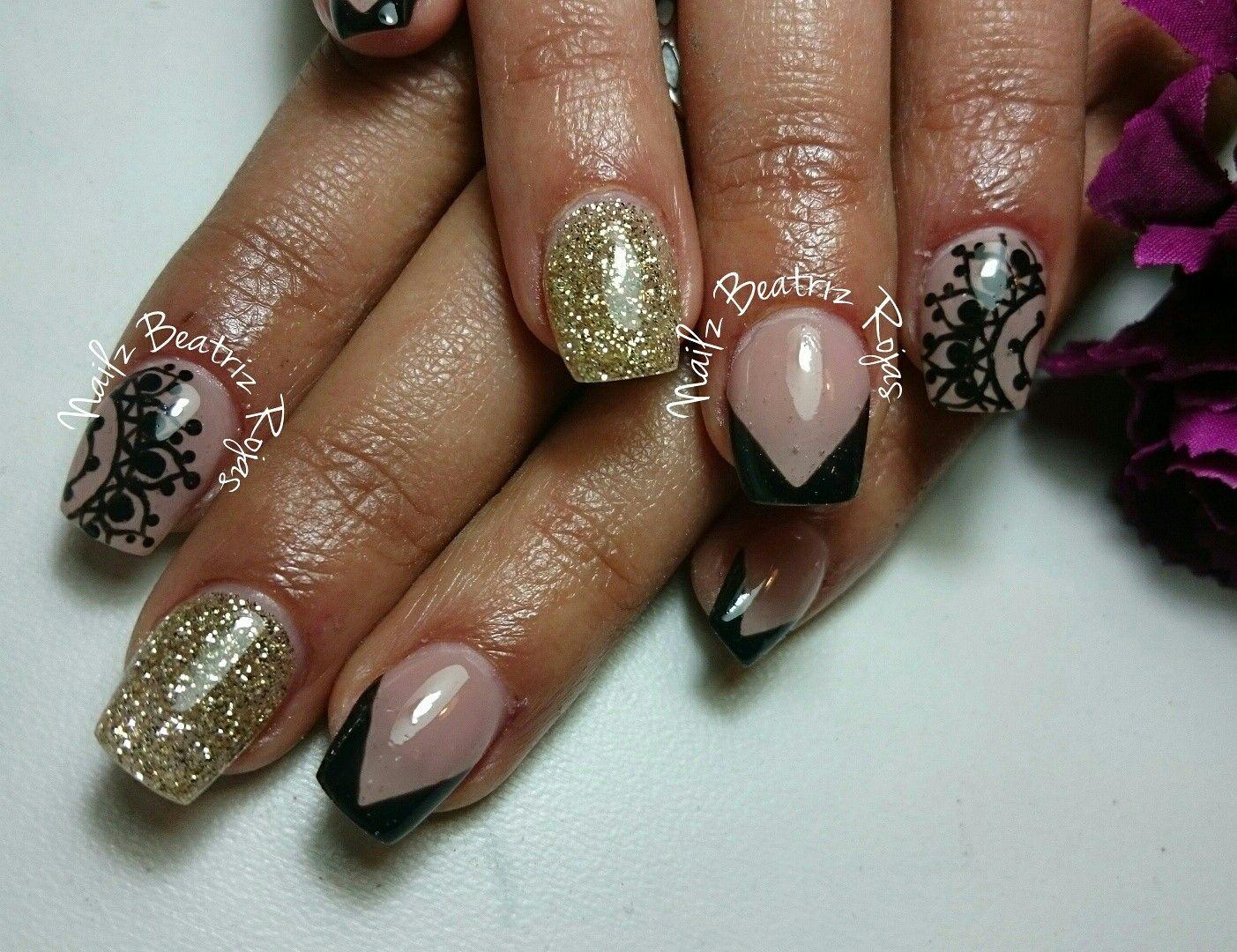 Nail art inspirado en Mandala! Una idea fantastica para decorar tus ...
