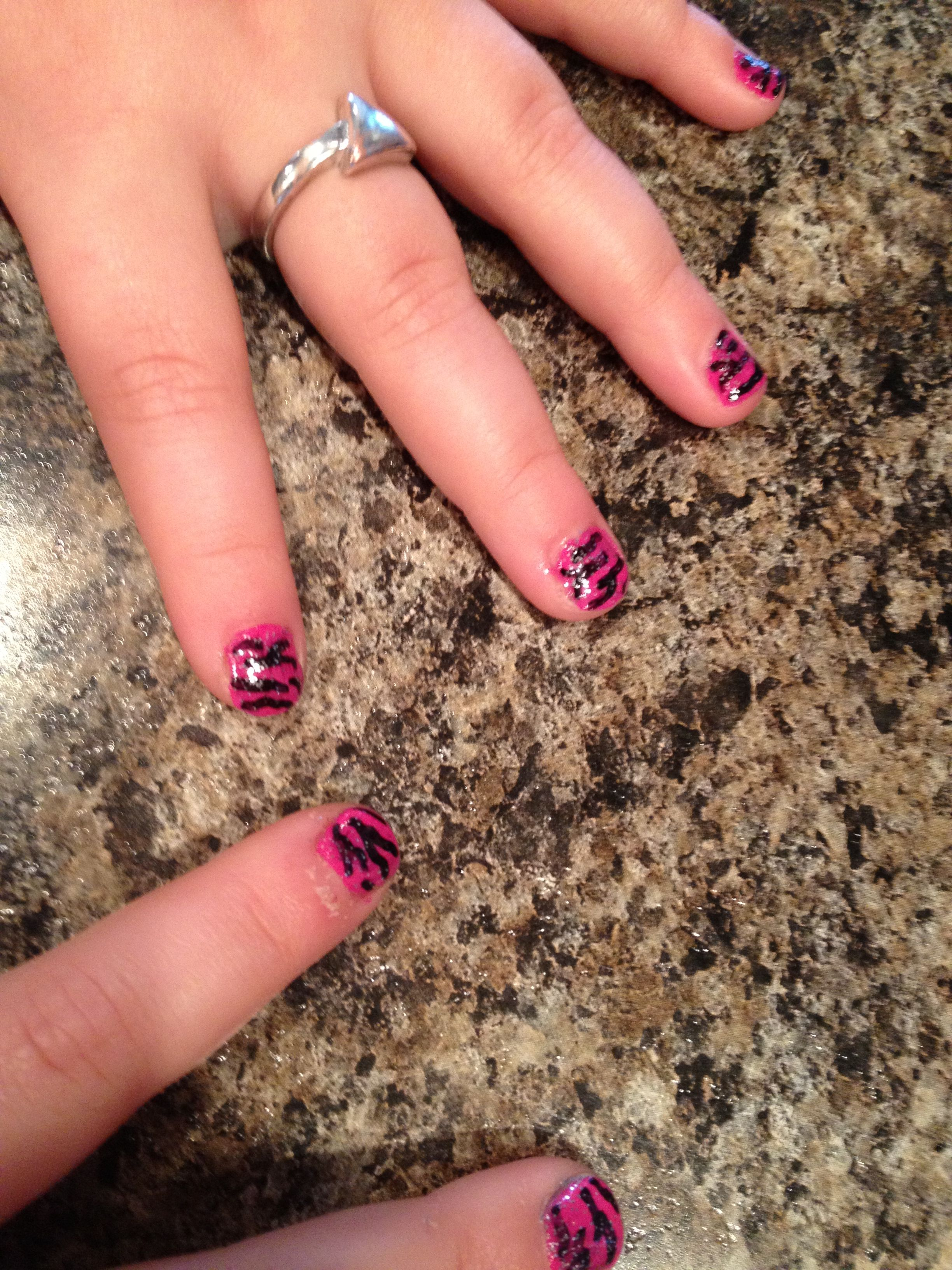 Kid\'s pink zebra glitter nails! Easy DIY with polish and a black ...