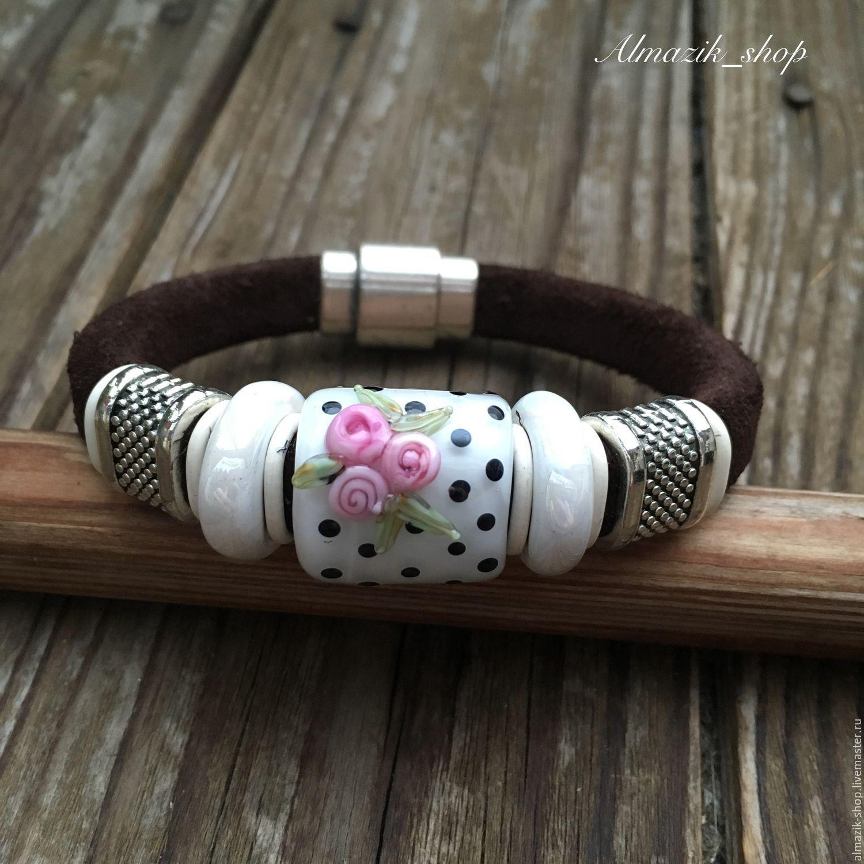 """Shabby Chick Bracelet / Браслет """"шебби шик"""" - комбинированный, браслет, замша, бусины лэмпворк, ручная работа, хэндмэйд"""
