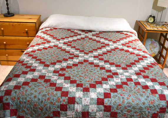 Wow!  Patchwork Quilt Irish Chain Twin Quilt Bedding Red Aqua