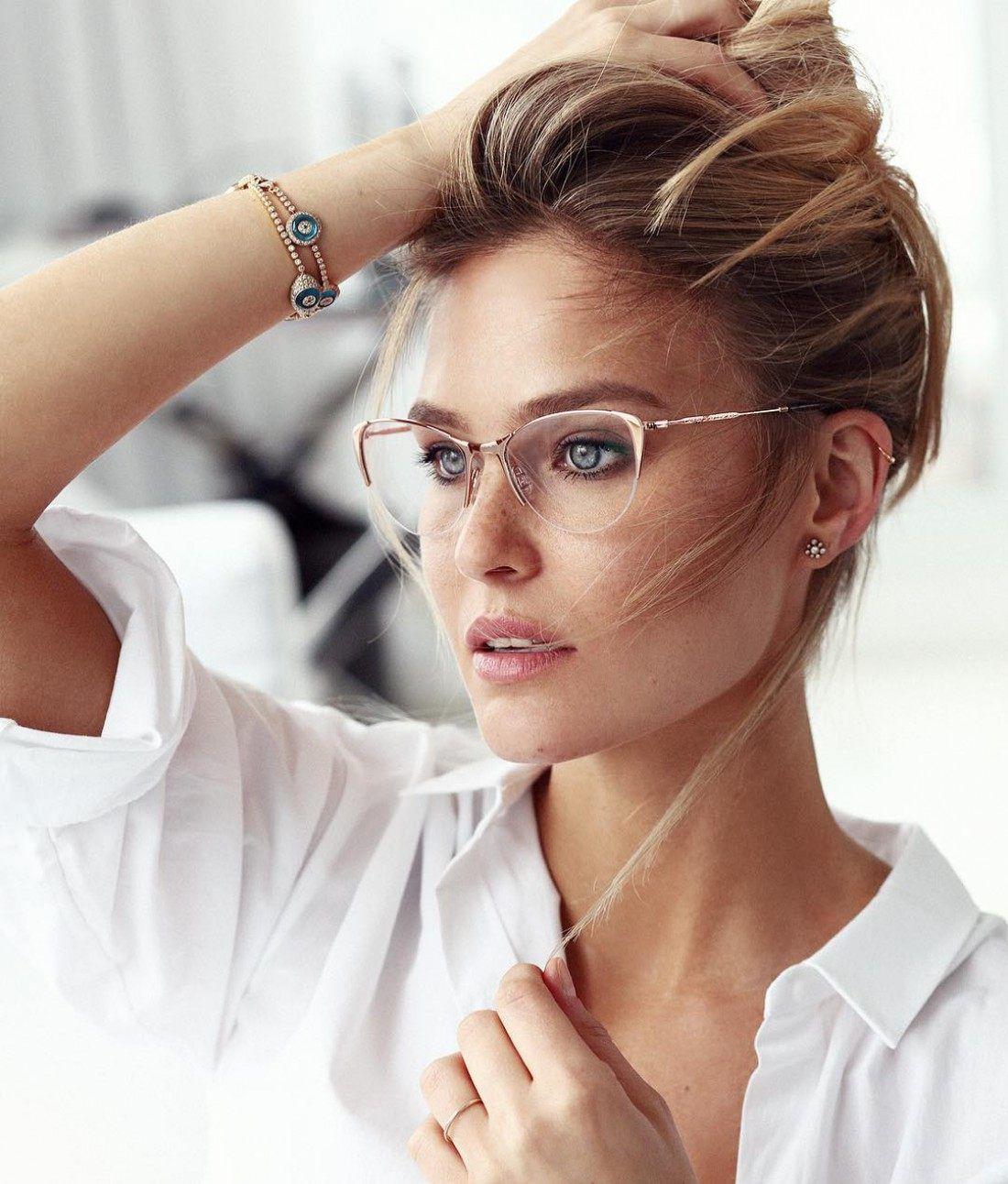 100 модных новинок  Оправы и очки для зрения 2018 - тренды на фото ... dc9ccb315c5