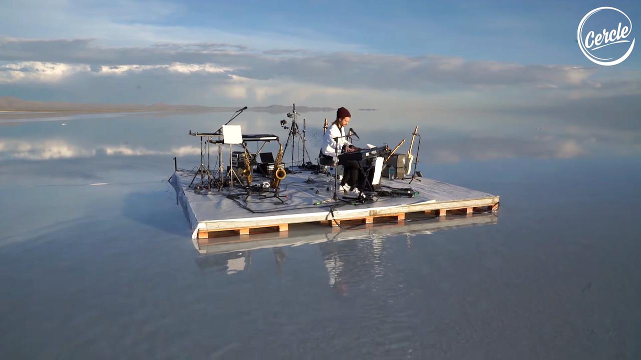 French Musician Fkj Performs Live On Salar De Uyuni The World S Largest Salt Flat In Southwest Bolivia Worlds Largest World Live Set
