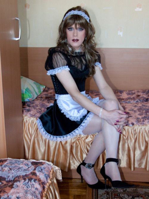 "crossdresserfantasies: ""More hot trannies: http://www.myshemalepornstars.com"