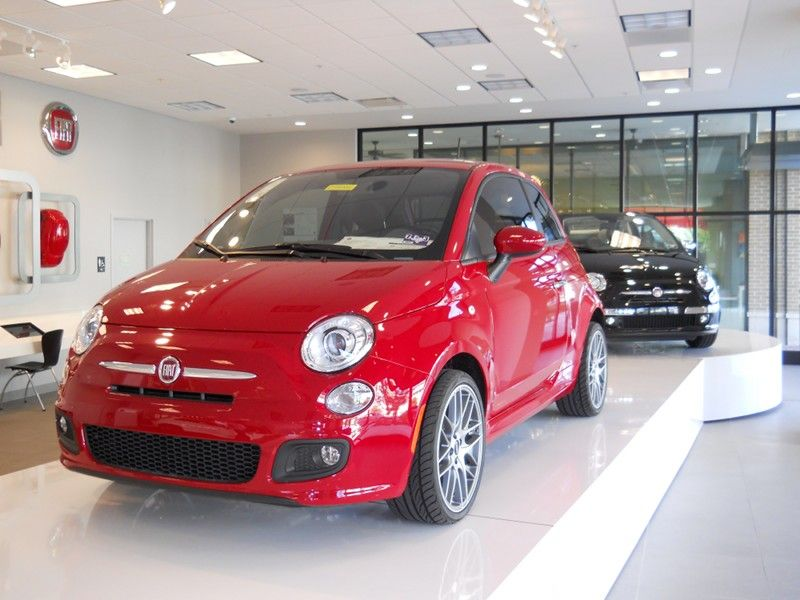 Fiat 500 Sport Pulls A 180 With Images Fiat 500 Sport