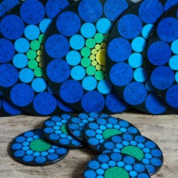 blue circles retro placemat set