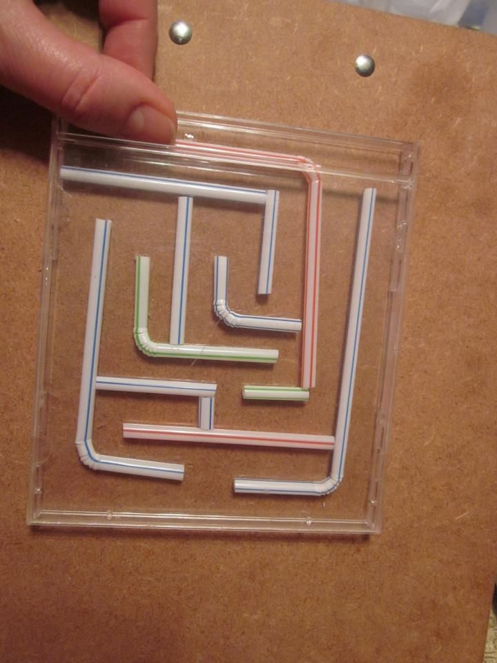 Easy craft idea - Maze out of cd case and straws