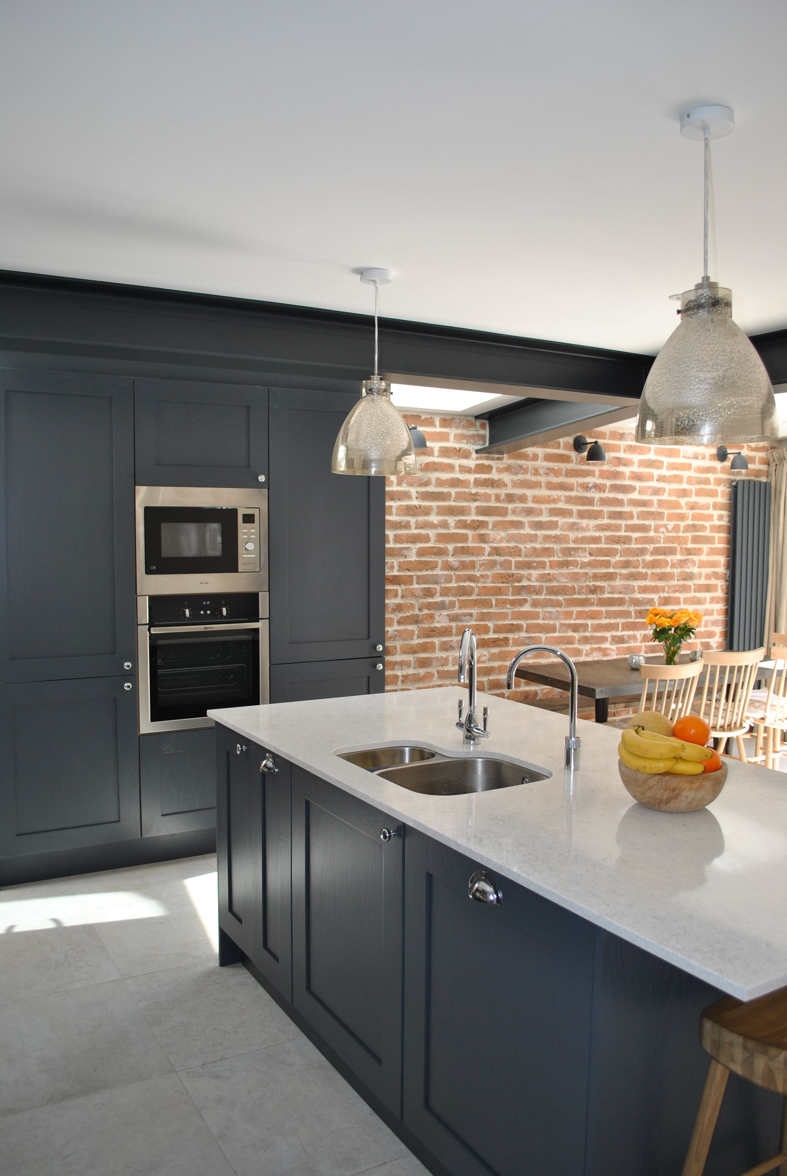 Best Modern Shaker Kitchen In Dark Slate Blue Looks Stunning 400 x 300
