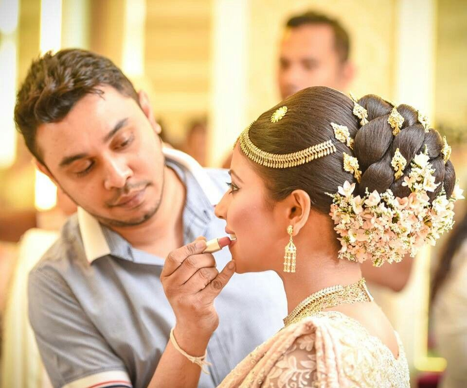 How To Maintain Your Wedding Hairstyle: What A Beautiful Large Low Bun With Real Flower Gajra
