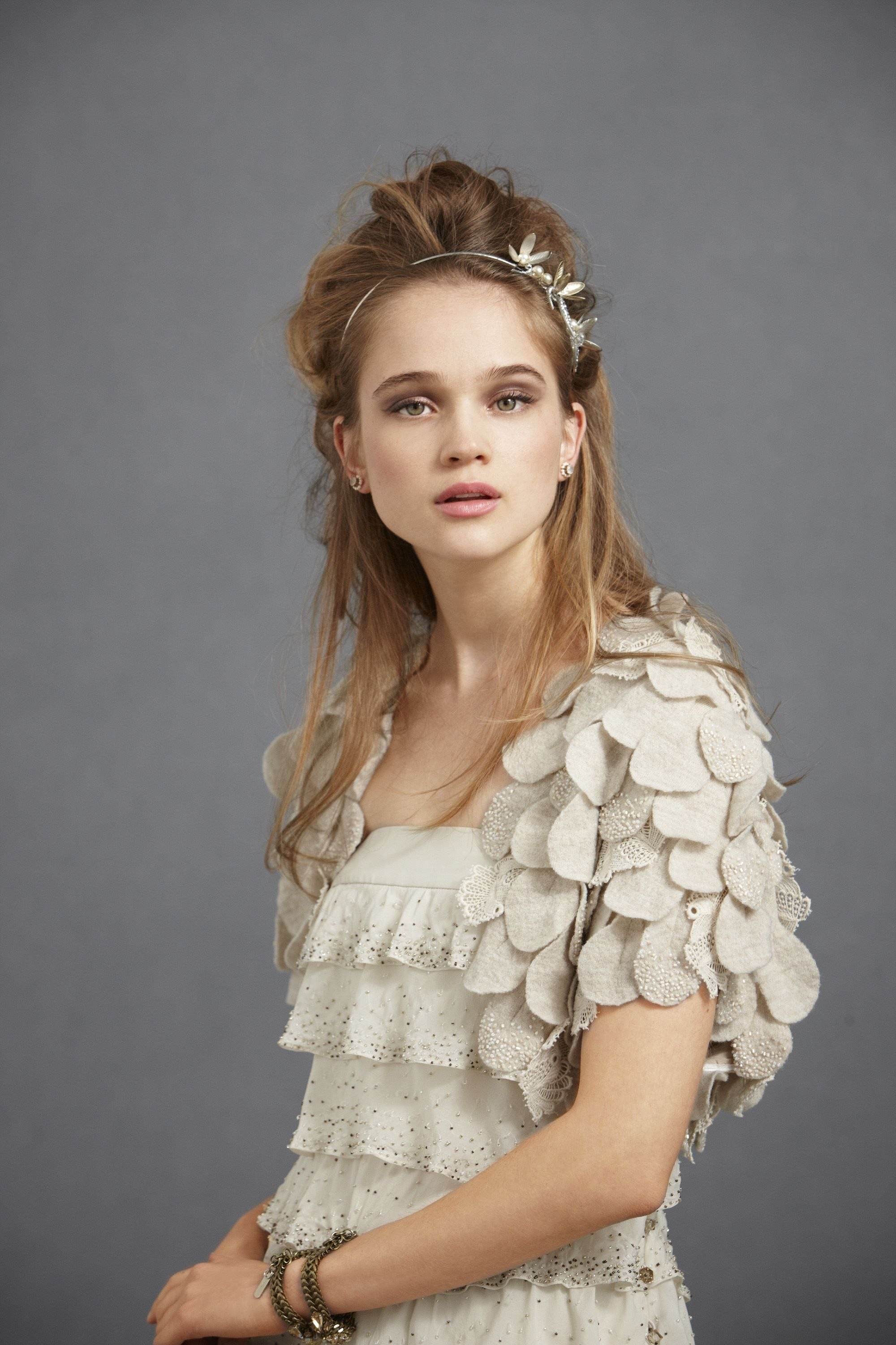 scalloped bolero...i like!
