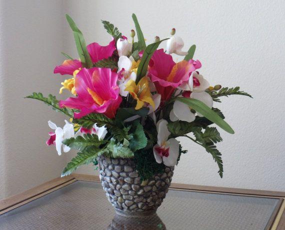 Exotic Tropical Flower Arrangements Exotic Hibiscus Centerpiece