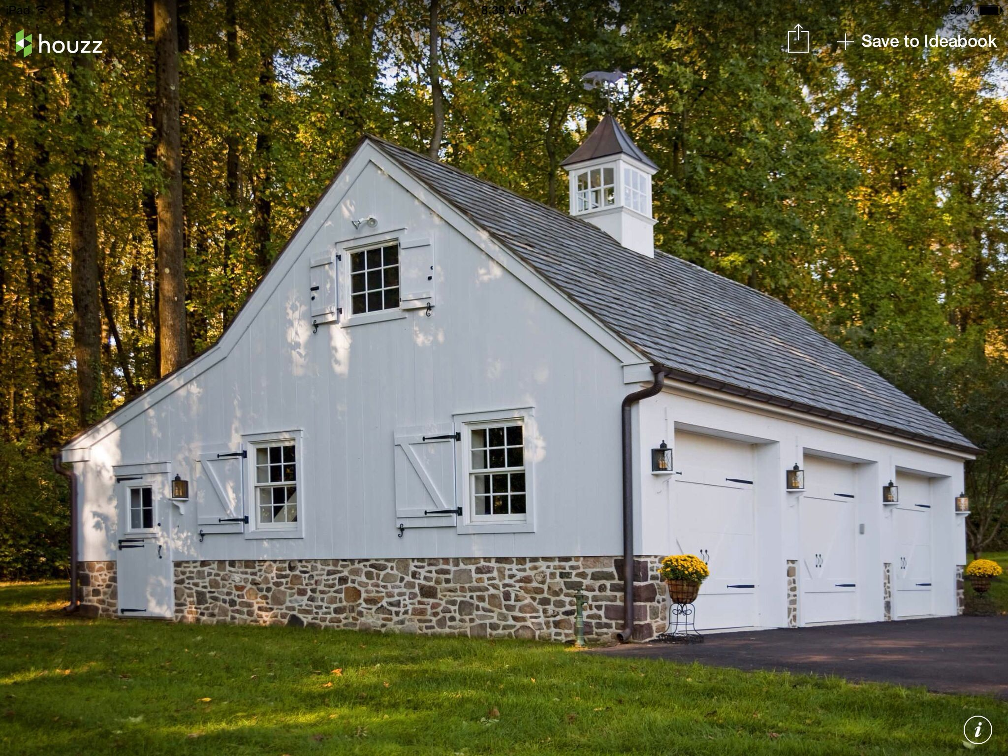 Barn style garages bing images garage ideas for Carriage house shed