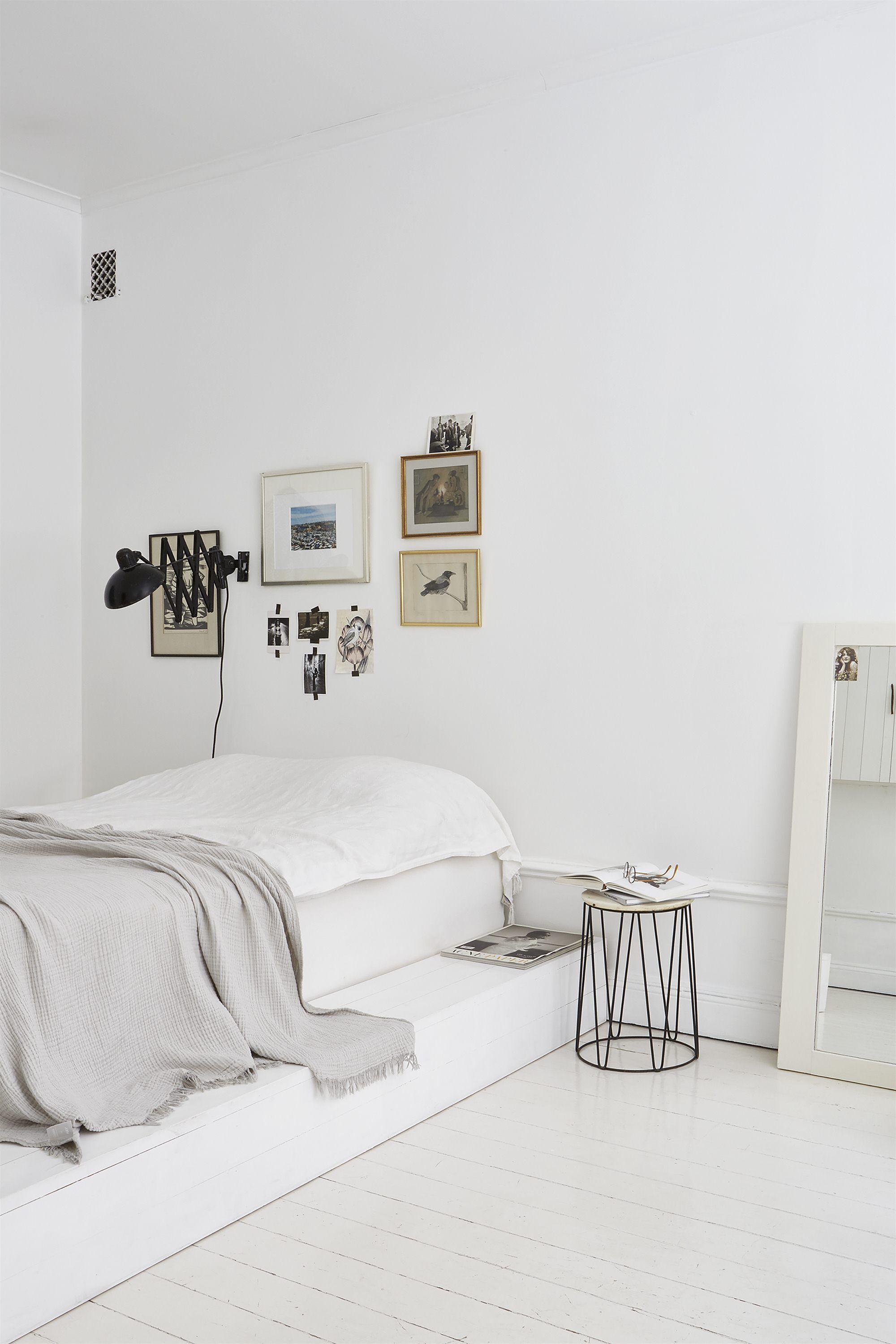 White bedroom | Schlafzimmer, Inneneinrichtung und Bett