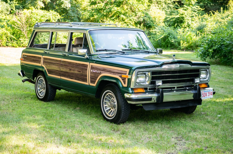 1991 Jeep Grand Wagoneer Final Edition In 2020 Jeep Grand Jeep Jeep Wagoneer