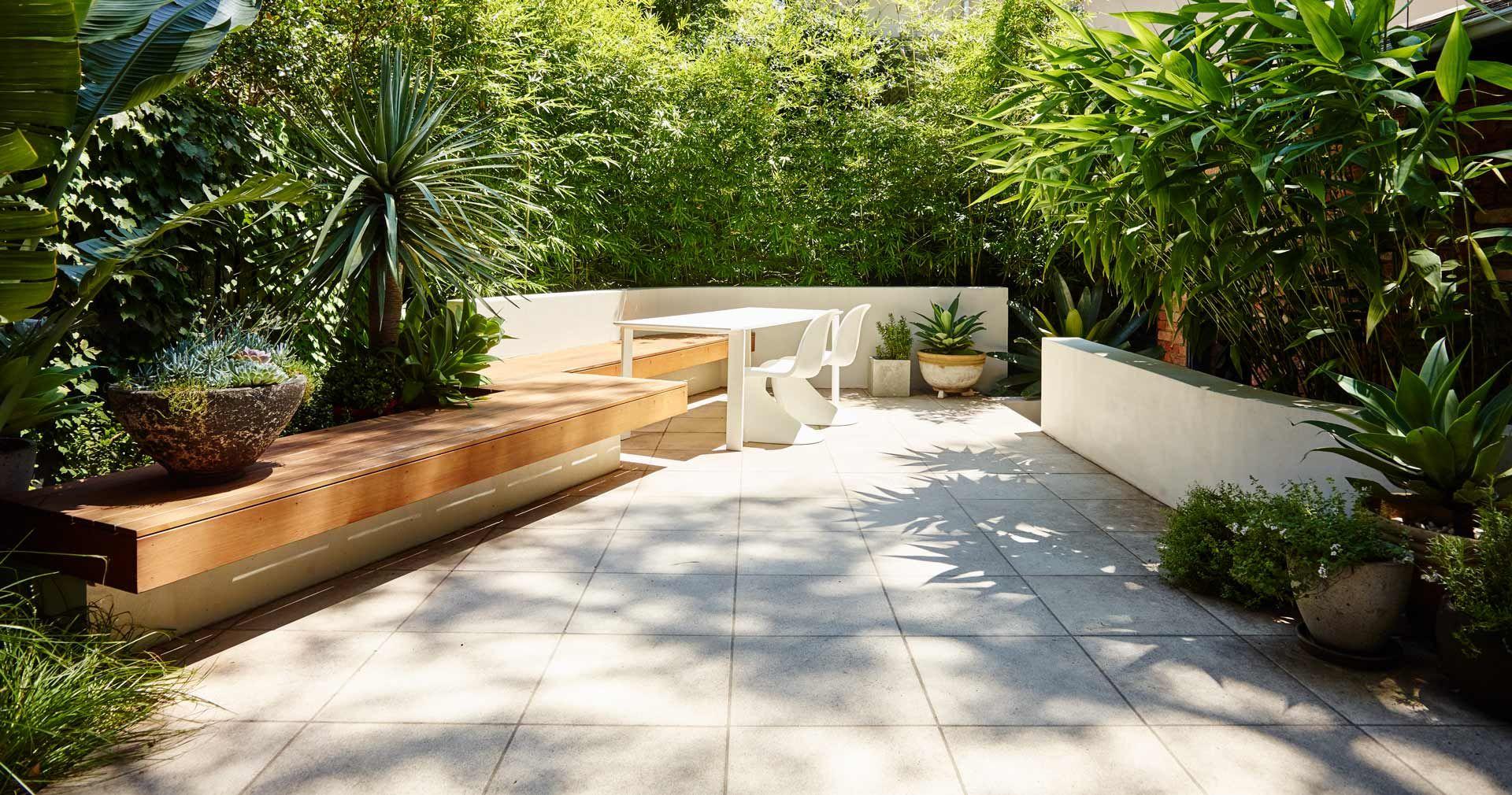 Think. Contemporary courtyard.   Courtyard gardens design ...