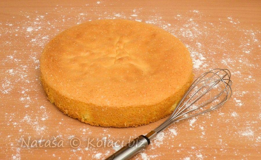 Odličan svijetli biskvit za torte