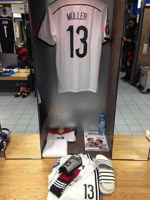 Die Mannschaft On Thomas Muller Football Gear Football