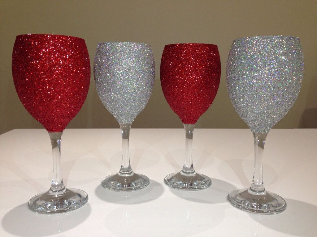 Red and silver glitter wine glasses   Christmas decor ...