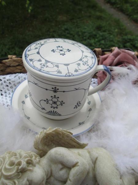 Verkaufe Hier Eine Teetasse 4 Teilig Mit Sieb Und Deckel Und Untertasse Indisch Blau Strohblume Tasse 9 Cm H Teetasse Strohblumen Teetasse Mit Sieb