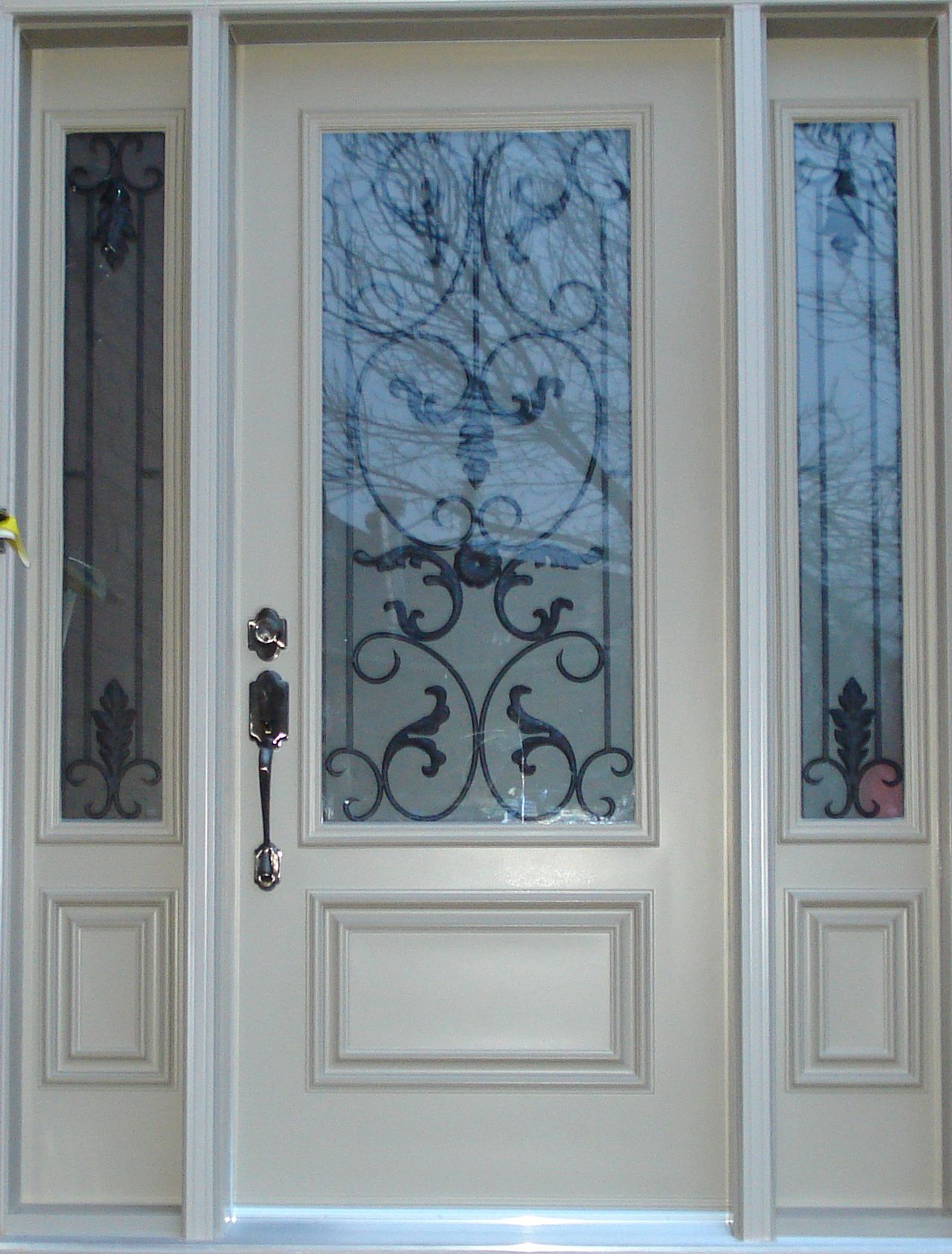 Front door with glass exterior doors manufacturer of for Glass outer door