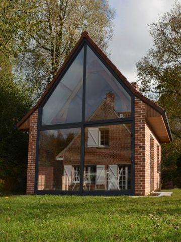 avant apr s une d pendance devient le miroir flatteur d 39 une maison maison pignon maison. Black Bedroom Furniture Sets. Home Design Ideas