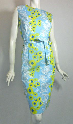 Daisy Print Baby Blue Cotton Shift Dress circa 1960s - Dorothea's Closet Vintage
