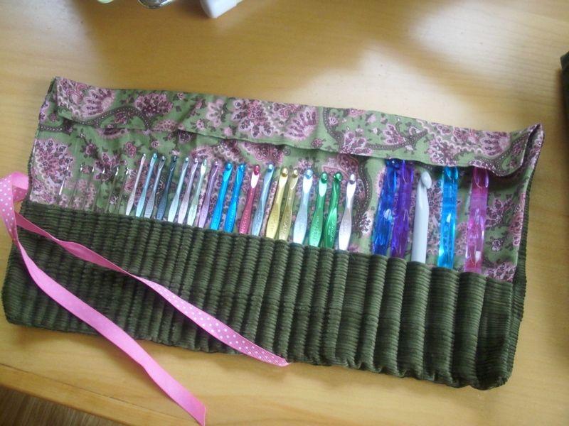 Famous Crochet Hook Roll Sewing Pattern Mold - Blanket Knitting ...