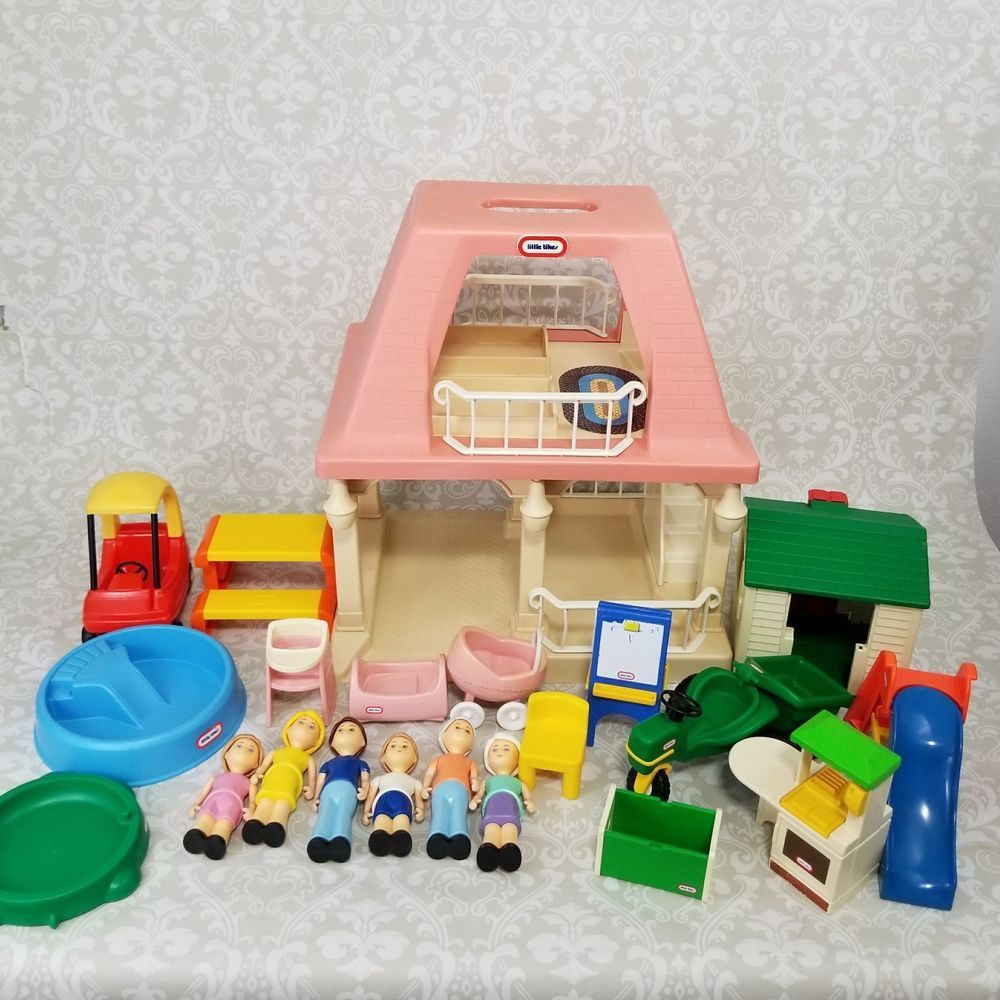 Vintage Little Tikes Dollhouse With Accessories Furniture People