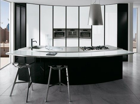 Black And White Kitchen With Curved Island Elektravetro White By Ernestomeda
