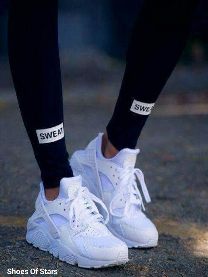 White nike shoes, Nike air huarache women