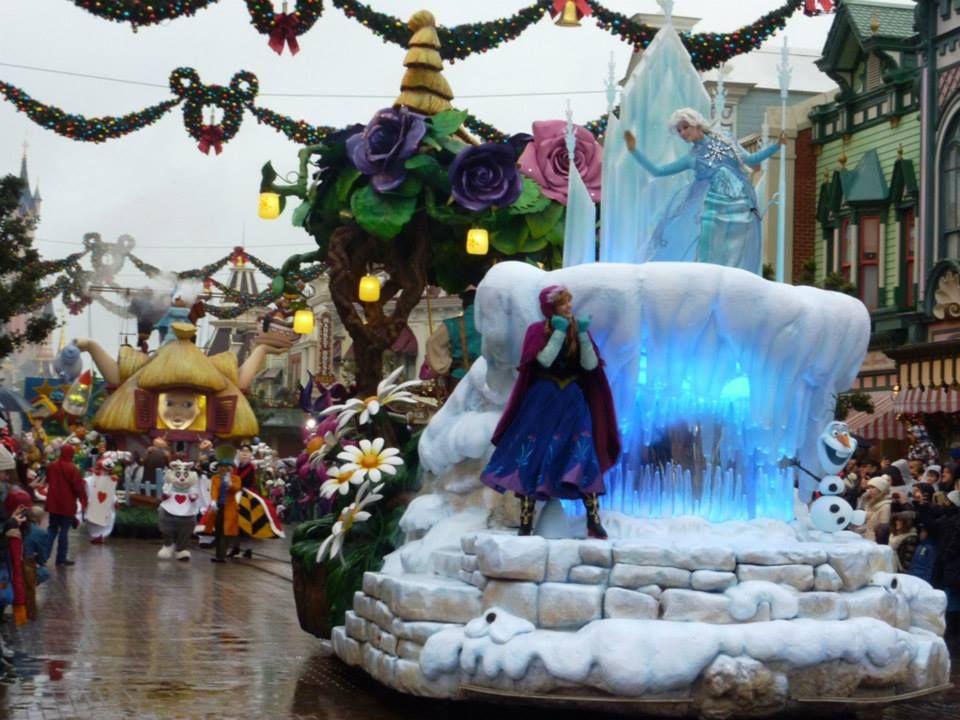 Disneyland Paris Frozen Parade Disney Disneyland Paris Disney