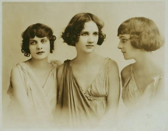 La Petite Mélancolie | Isadora duncan, Vintage photography, Photographer