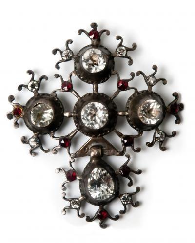 croix de Saint Lô, argent et strass - bijou régional normand
