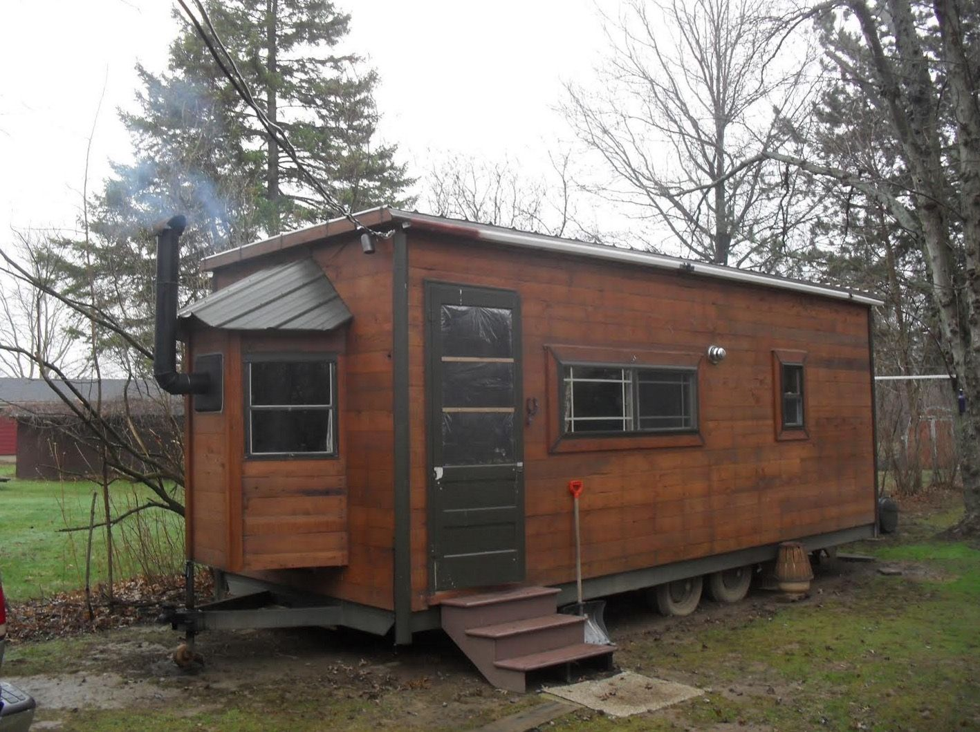 kerry 39 s tiny house on wheels built in his backyard one floor plan with useful interior plan. Black Bedroom Furniture Sets. Home Design Ideas