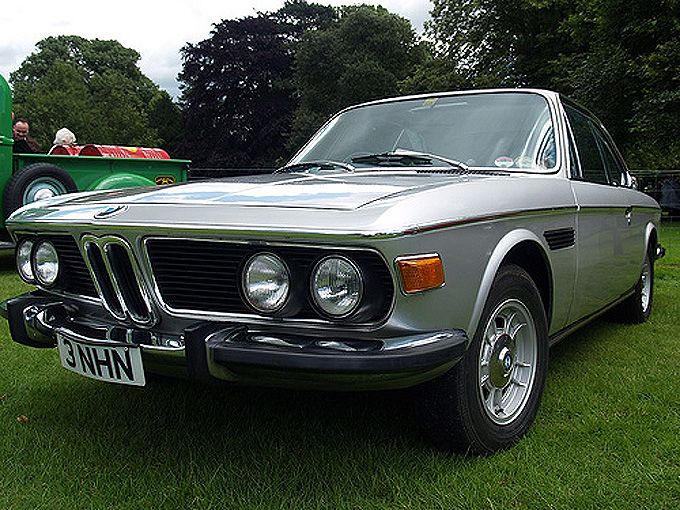 vintage cars  Old classic cars Classic Bmw  Everything Vintage