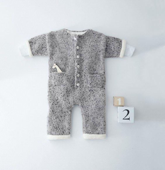 Breipatroon Kruippakje   HAKEN   BREIEN - Layette, Baby knitting en ... c35fbb72728