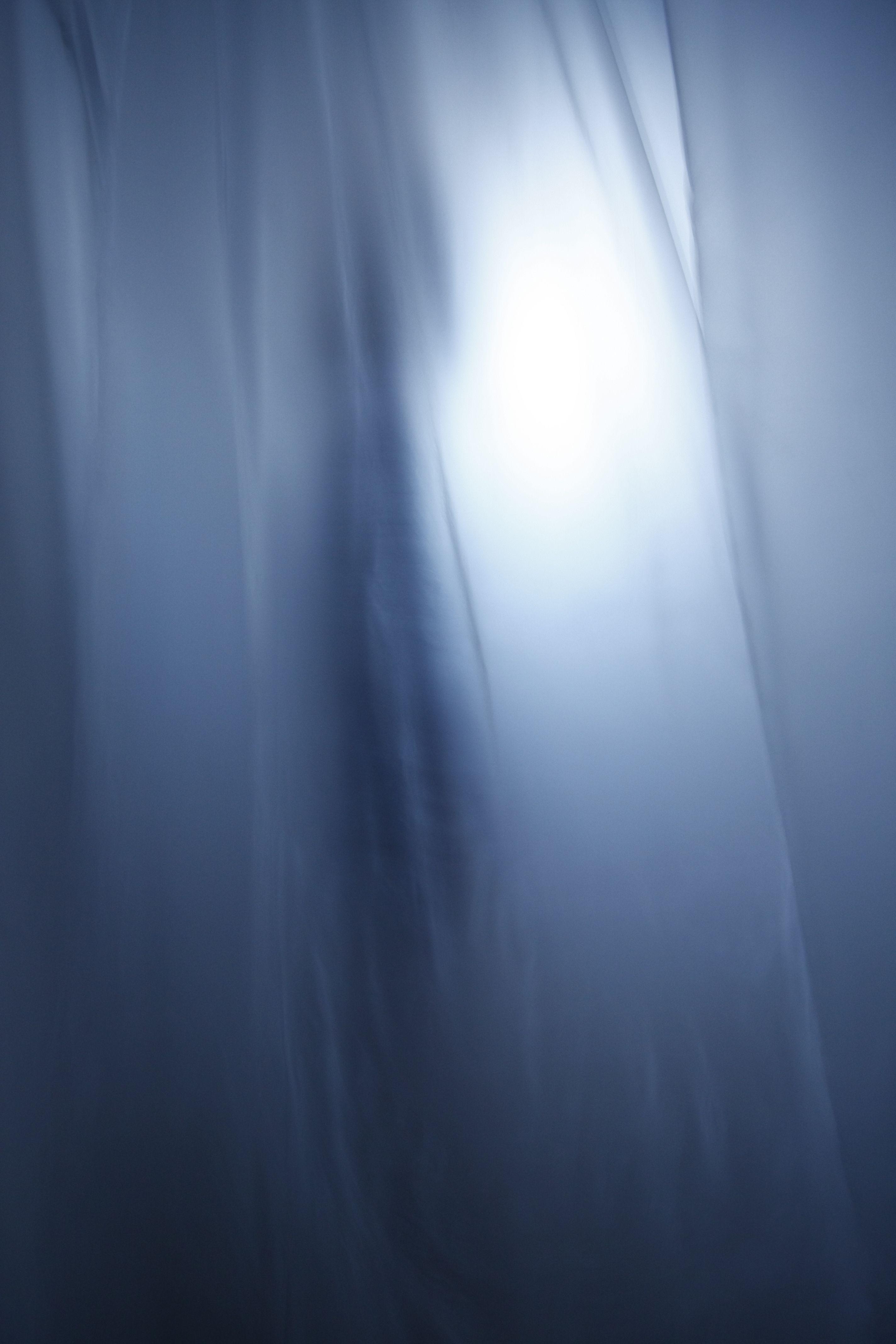 1ª propuesta de Instalación_Tema : Des-Placer MÉTODO DE CREACION: Conceptualización y variación. A partir de la sensación, del agobio producido por la asfixia en un espacio condensado o sin aire. En una materia densa como puede ser la espuma que prod-uce placer al tacto y a su vez sensación de opresión por su envoltura. #angustia #espacio #sensación #placer