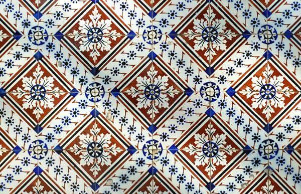 Aveiro - portuguese tiles, photo by Adriana O azulejos