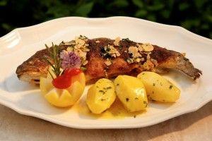 Fangfrischer Fisch aus dem Bad Kleinkirchheimer Bach - das perfekte Sommergericht nach dem Radfahren in Bad Kleinkirchheim http://www.pulverer.at/blog/radlust-von-der-speiche-bis-zum-sattel-im-thermen-abc
