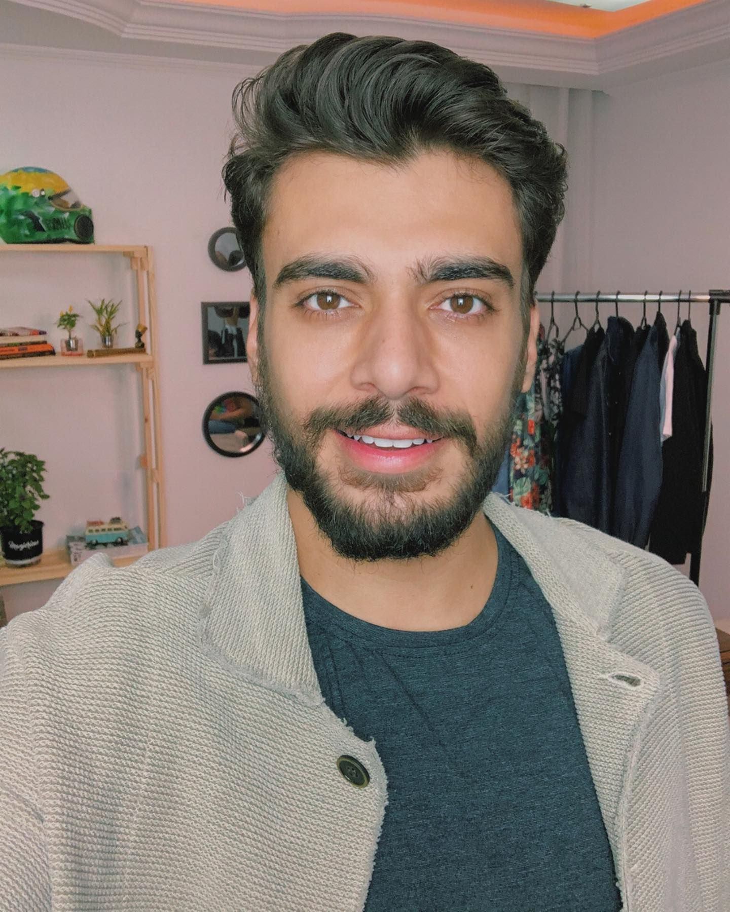 Pin Em Alex Cursino Fashion Blogger Digital Influencer Brazil Blogueiro De Moda